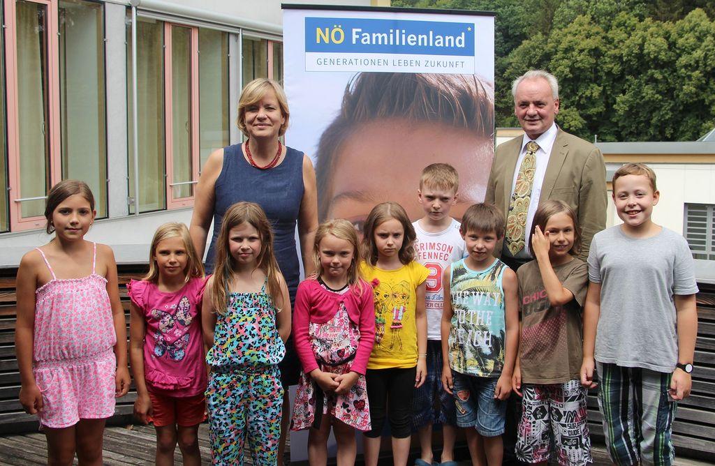 Familien Landesrätin Besucht Ferienbetreuungsstandorte In Nö Nö
